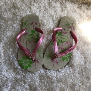 Havaianas pink and white jeweled sandals